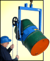 below-hook drum carriers to pour drum above reach